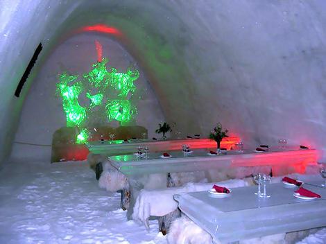 snowhotel_gallery__470x352.jpg
